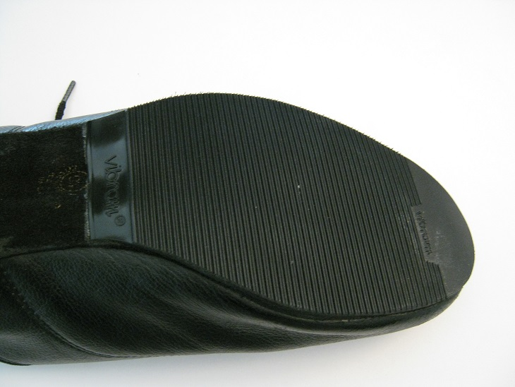 5-2014 - shoes with rubber on soles 009